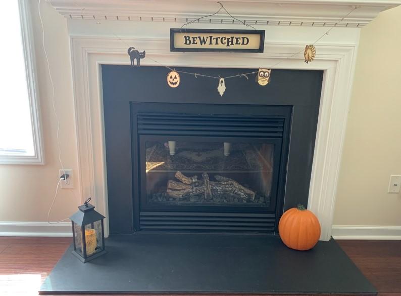 Fall Décor Garland fireplace